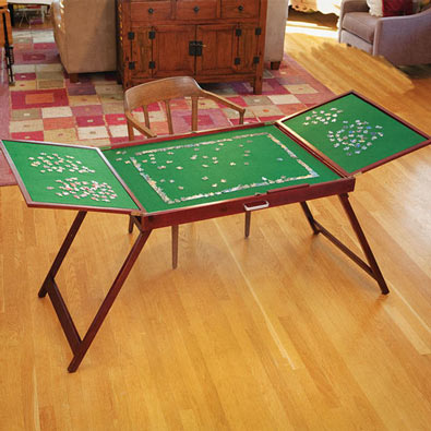 Fold-And-Go Wooden Jigsaw Table<sup>&reg;</sup>